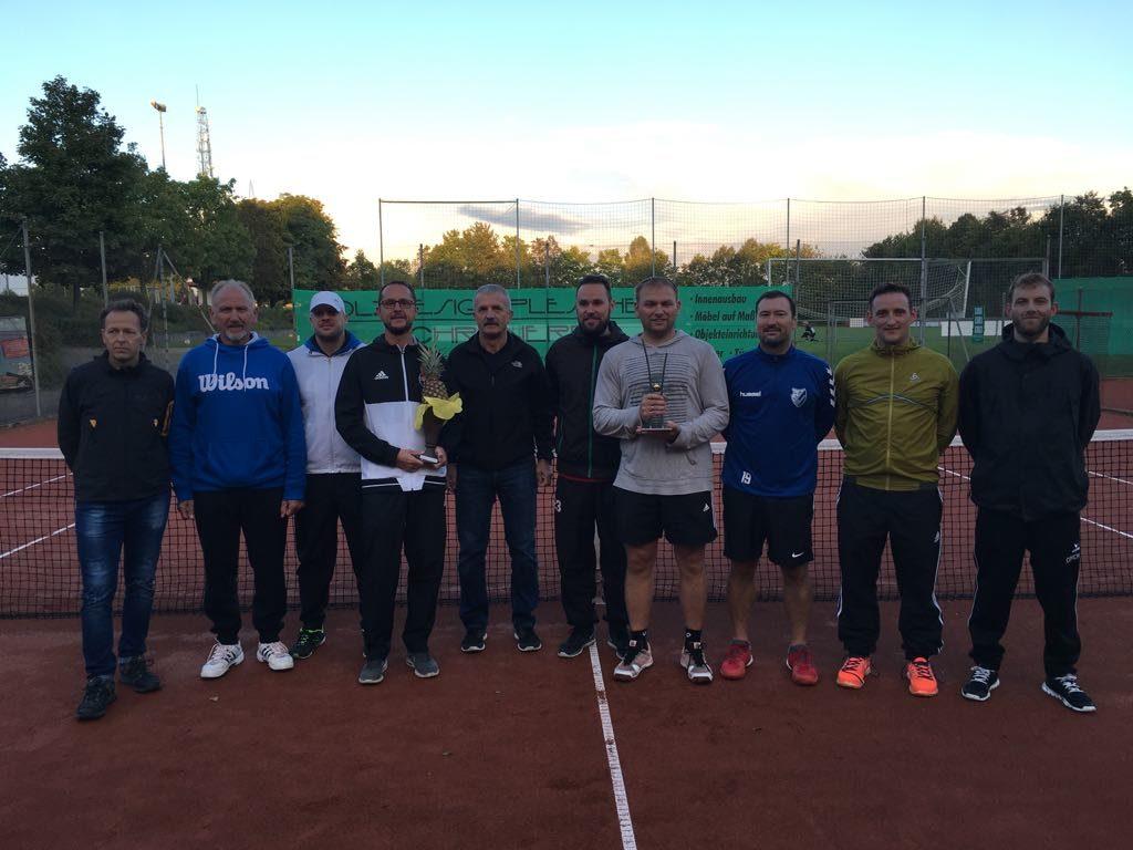 Tschuggimuggi-Cup 2017: Schott triumphiert im Finale – Hartung holt sich die Ananas